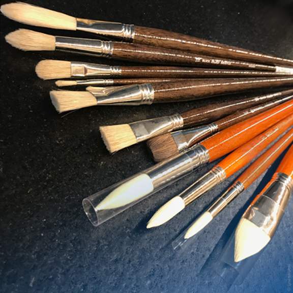 The Artist's Magic Wand: A Look At High-Quality Paintbrushes